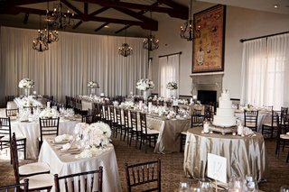 wedding-at-bel-air-bay-club-long-square-round-tables-high-and-low-centerpieces-cake-display