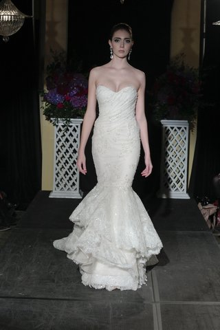isabelle-armstrong-fall-2016-strapless-mermaid-gown-with-beading