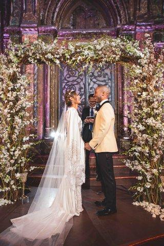 pia-toscano-american-idol-jimmy-ro-smith-jennifer-lopez-wedding-ceremony-arch-florals-new-york-city