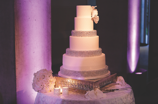 six-tiered-wedding-cake-with-beads-and-flower