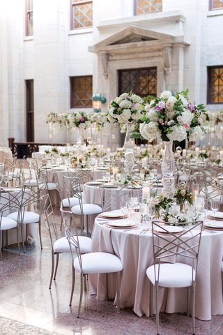 ohio-statehouse-wedding-with-color-palette-of-blush-ivory-some-greenery