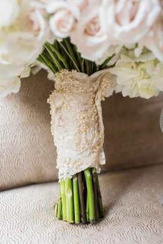 lace-pearls-beads-cloth-vintage-around-green-white-blush-pink-roses