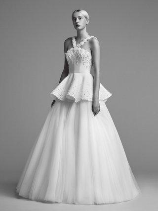 viktor-and-rolf-mariage-fall-winter-2018-wedding-dress-peplum-ball-gown-v-straps