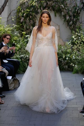 monique-lhuillier-spring-2017-star-wedding-dress-with-tulle-skirt-and-matching-capelet-embroidery