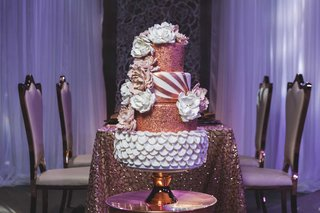 four-tier-alternating-white-copper-cake-styled-shoot-wedding-flowers-metallic-details-intricate