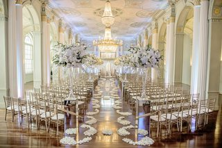 white-gold-and-silver-wedding-ceremony-decorations-in-atlanta