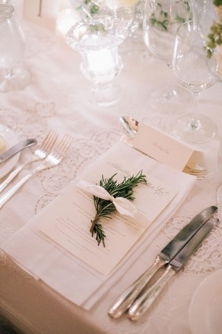 wedding-place-setting-antique-lace-linen-with-white-napkin-herb-white-bow-ribbon-menu-card