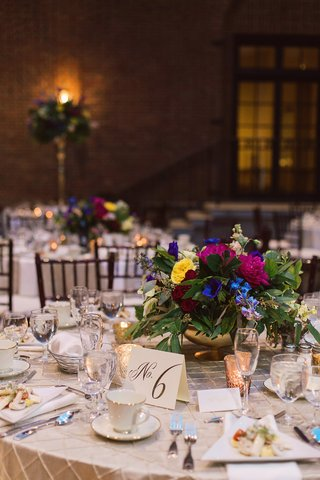 small-vibrant-centerpiece-flowers-dayton-ohio-wedding-art-institute-reception-vintage-dutch-masters