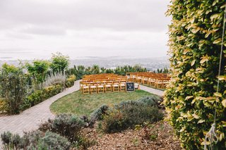 outdoor-ceremony-in-berkeley-at-panoramic-hills