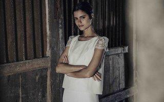 laure-de-sagazan-2017-collection-vigee-blouse-illusion-cap-sleeves-lace-details-front-bodice