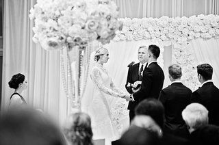 rob-refsnyder-of-new-york-yankees-exchanging-vows-with-bride-at-the-drake-hotel