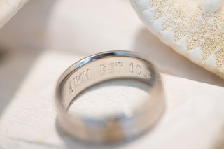 wedding-band-with-engravement-inside