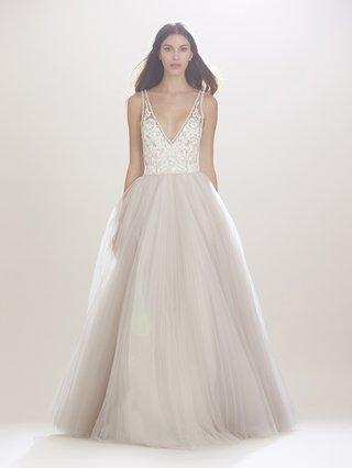 carolina-herrera-fall-2016-blush-a-line-wedding-dress-with-white-bodice