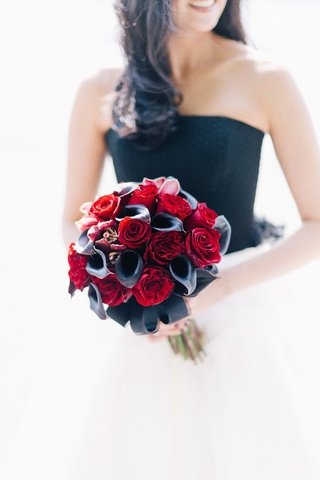 alternative-wedding-bouquet-red-rose-black-calla-lily-orchid