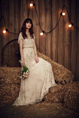 jenny-packham-2017-bridal-collection-blossom-short-sleeve-wedding-dress-with-beading-loose-bodice