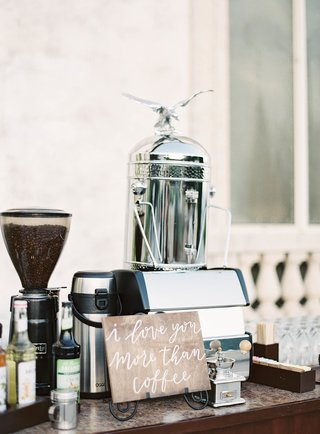 outdoor-wedding-dinner-reception-i-love-you-more-than-coffee-wood-calligraphy-sign-with-espresso