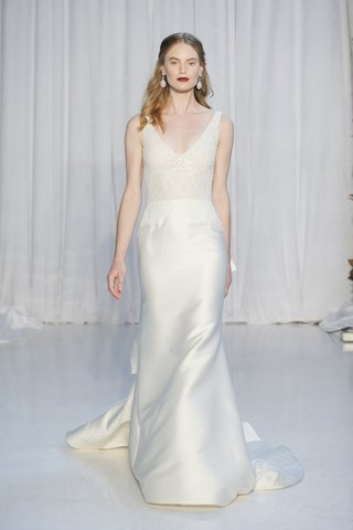 anne-barge-fall-2018-deep-v-neck-french-alenccon-lace-mermaid-skirt-of-mikado-bow-on-train