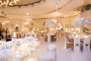 opulent-beverly-hills-hotel-wedding-with-ivory-and-gold-palette-candles