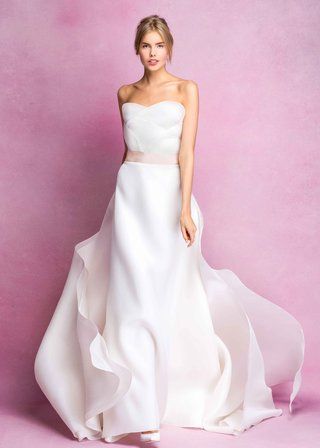angel-sanchez-fall-2016-strapless-scallop-bodice-ball-gown-with-pink-ribbon
