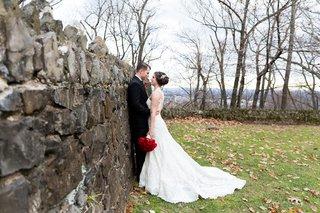 san-francisco-giants-joe-panik-wedding-joe-paniks-wife-brittany-bride-in-pronovias