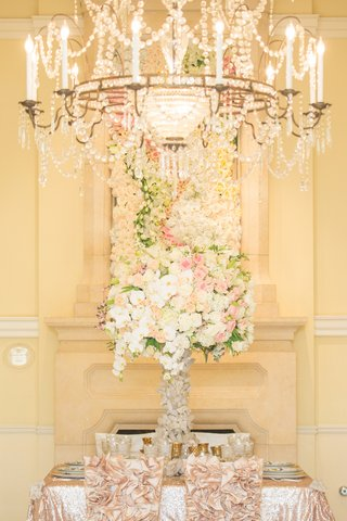 wedding-centerpiece-and-floral-frame-of-pink-white-light-orange-roses-orchids-stargazer-lilies