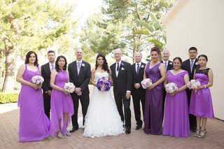 couple-with-bridesmaids-and-groomsmen-outside