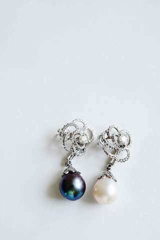roberto-coin-pearl-and-diamond-earrings-for-wedding-jewelry